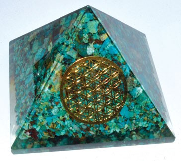 70mm Orgone Chrycocolla & Flower pyramid
