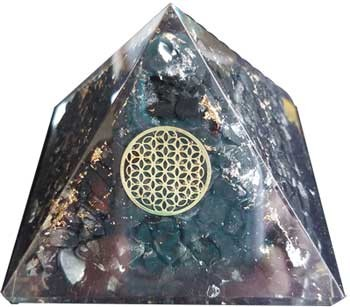 Orgone Shungite & Flower pyramid